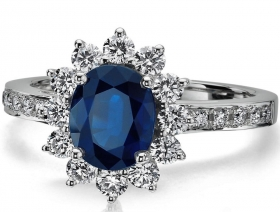 Oval Blue Sapphire & Diamond European Engagement Ring